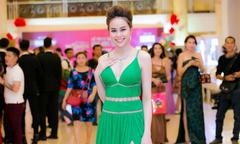 Sella Trương đeo trang sức hơn 3 tỷ đồng đi sự kiện