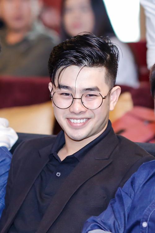 loki-bao-long-bat-ngo-tai-xuat-den-mung-thai-ngan