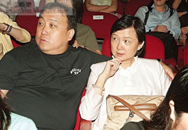 vua-phim-cap-3-hong-kong-dua-vo-di-an-toi-4