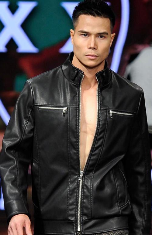 tien-doan-trinh-dien-tai-los-angeles-fashion-week-1