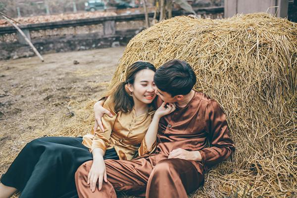 [Caption]Mạnh Hùng trong mắt bạn gái mình là một chàng trai không hẳn hoàn hảo nhưng là người đàn ông có thể chăm sóc và bảo vệ gia đình, đặc biệt là người Lê Trang có thể dựa dẫm, trao gửi cả cuộc đời.