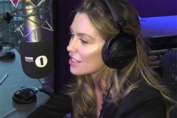 Vợ Crouch trong cuộc trò chuyện trên Radio 1.