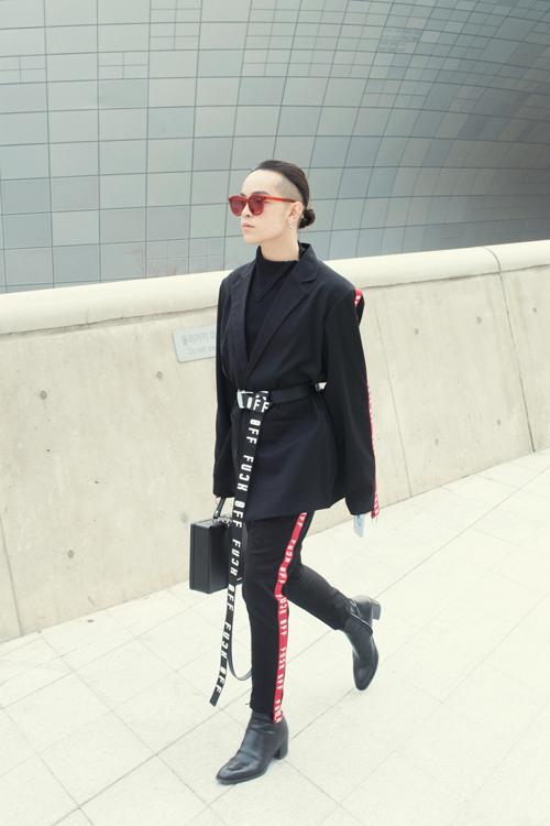 sao-viet-an-mac-cuc-chat-tai-seoul-fashion-week-12