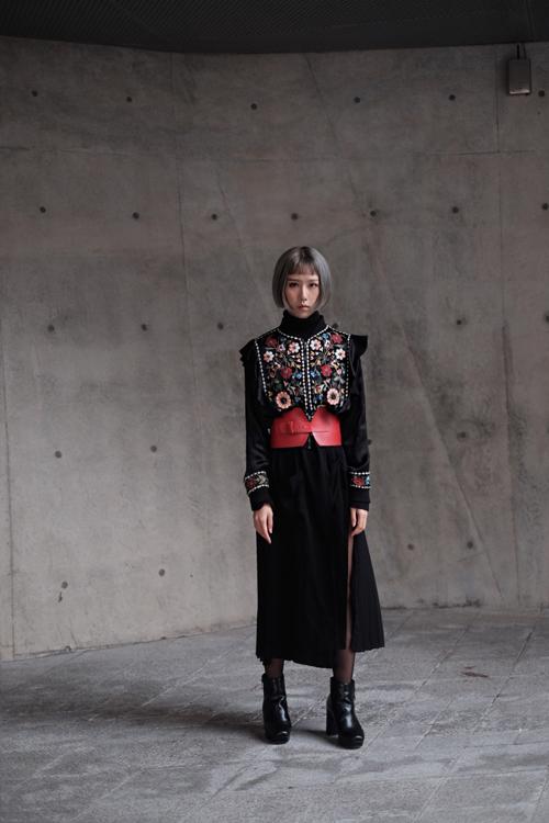 sao-viet-an-mac-cuc-chat-tai-seoul-fashion-week-9