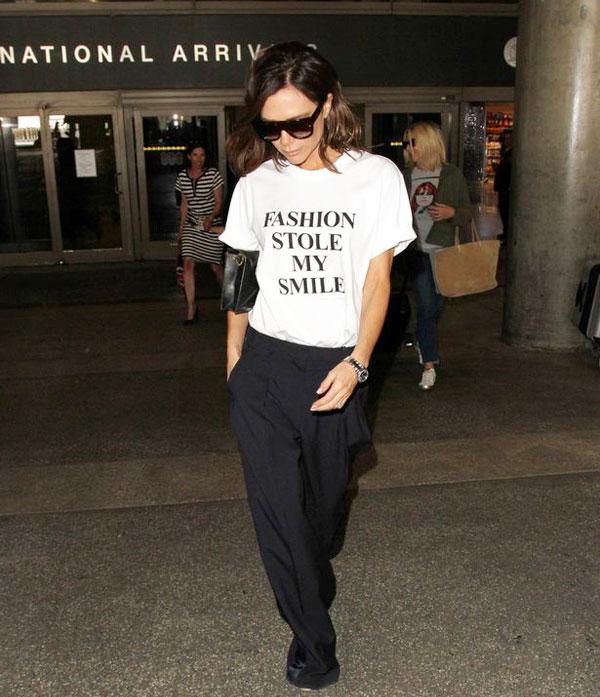 Trong khi chồng tham gia đóng phim, Vic có mặt tại sân bay LAX với