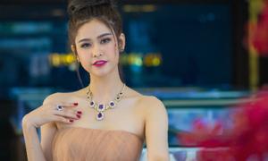Trương Quỳnh Anh lộng lẫy với trang sức tiền tỷ