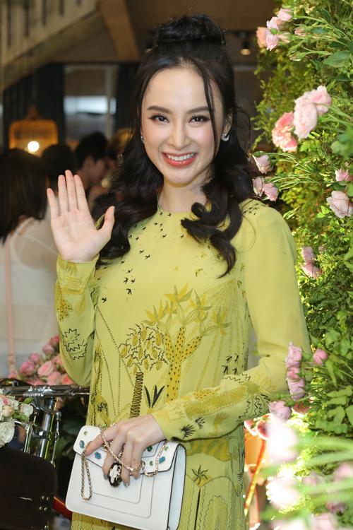 angela-phuong-trinh-khong-chiu-gap-dao-dien-vi-chua-ro-muc-dich-3