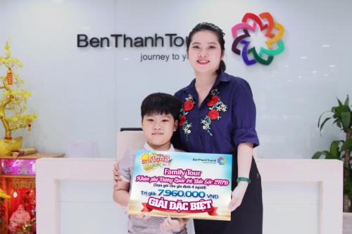 gian-hang-benthanh-tourist-thu-hut-hang-nghin-khach-tham-quan