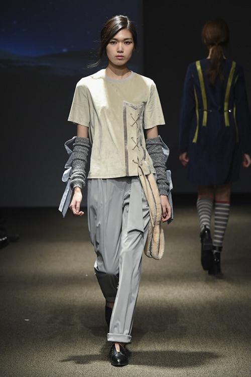 ngoc-chau-an-tuong-tren-san-dien-seoul-fashion-week-7
