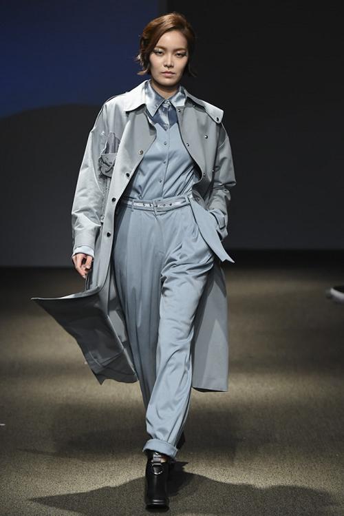 ngoc-chau-an-tuong-tren-san-dien-seoul-fashion-week-4