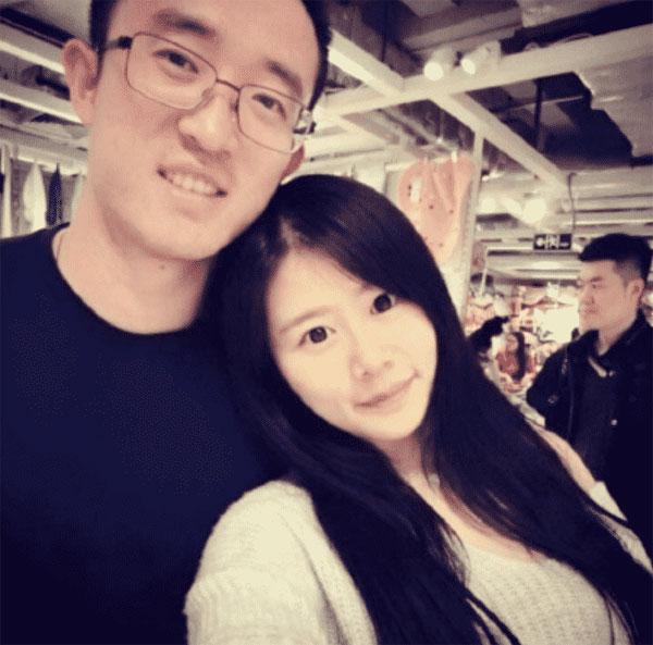 Ảnh của Jiang Zhipeng và nhân tình bị vợ đưa lên mạng.