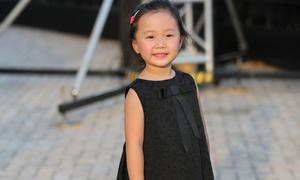 Con gái Linh Nga khoe street style đáng yêu
