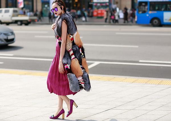 sella-truong-lot-xac-voi-phong-cach-ca-tinh-tai-seoul-fashion-week-5