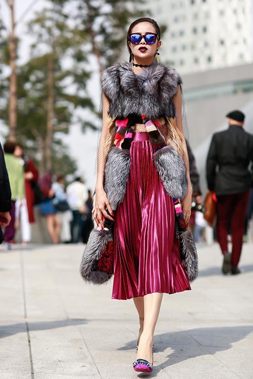 sella-truong-lot-xac-voi-phong-cach-ca-tinh-tai-seoul-fashion-week-6
