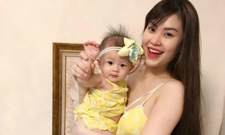 6 tháng nuôi con sữa mẹ 'nhiều mồ hôi, nước mắt' của Á hậu Diễm Trang
