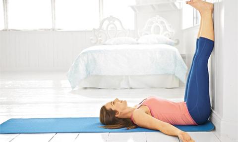 Tư thế yoga cơ bản có lợi cho người ngồi nhiều, ít vận động