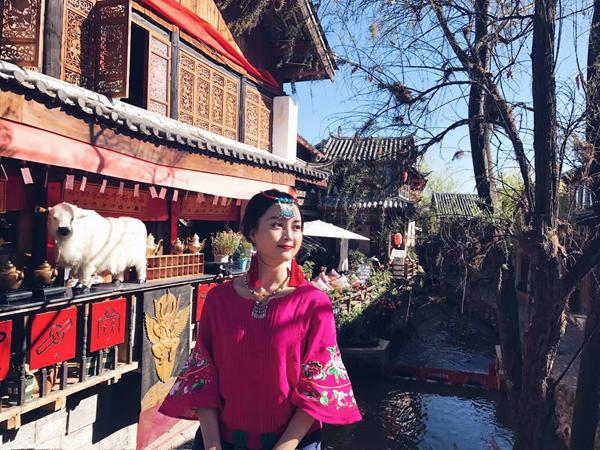 hanh-trinh-le-giang-day-me-hoac-cua-co-nang-dien-vien-10