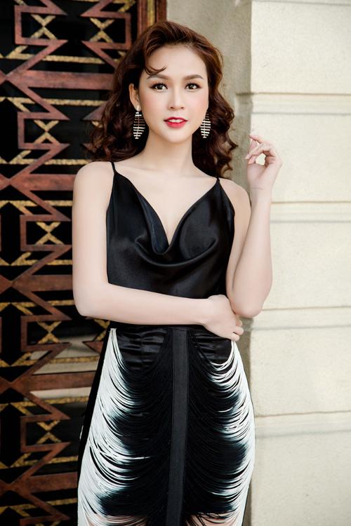 dan-hot-girl-sexy-di-su-kien