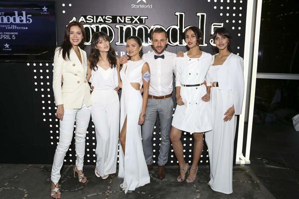 minh-tu-khoe-sac-cung-dan-thi-sinh-asias-next-top-model