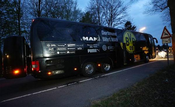 Xe bus chở đội của Dortmund