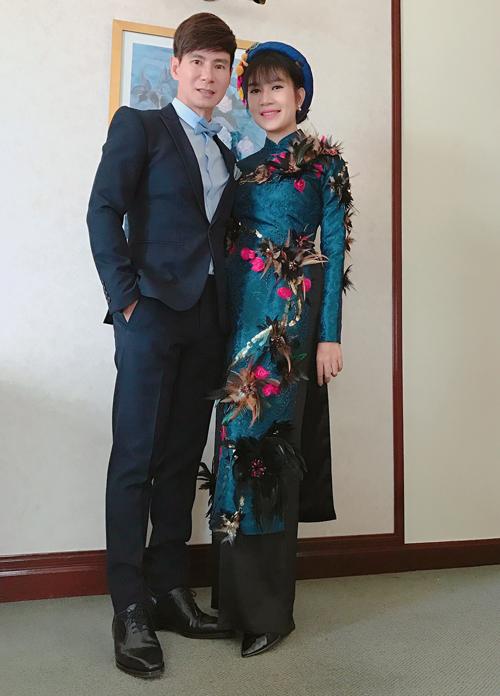 gia-dinh-ly-hai-mac-ton-sur-ton-du-su-kien-o-malaysia-4