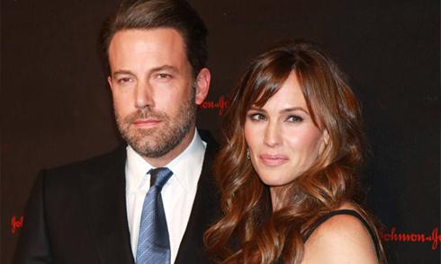Ben Affleck và Jennifer Garner chính thức ly dị sau 2 năm hàn gắn bất thành