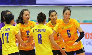 Sao bóng chuyền Trà Giang thi đấu cho đội của Phạm Yến
