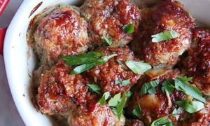 Thịt viên nướng sốt cà chua