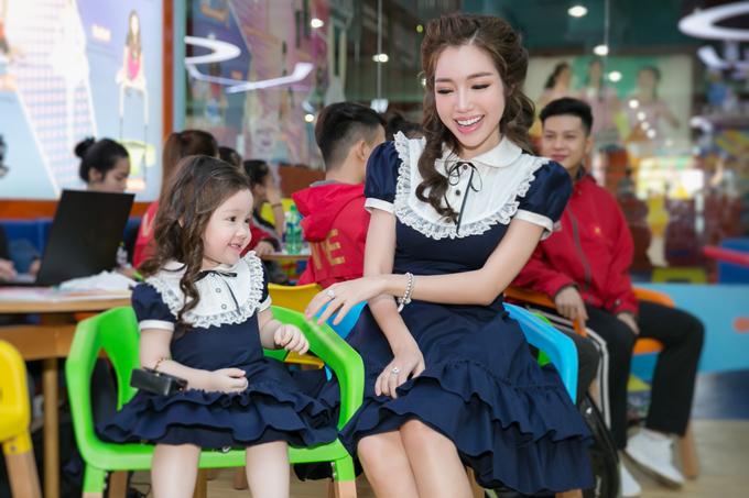 Tối 15/4, Elly Trần trình làng bộ sưu tập thời trang trẻ em mới nhất thuộc thương hiệu