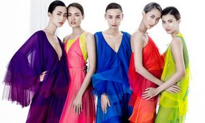 Váy áo xuân hè đầy màu sắc của Đỗ Mạnh Cường