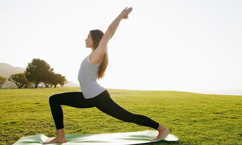 3 động tác yoga giúp đánh bay mỡ bụng hiệu quả