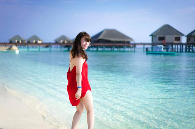 video-o-maldives-cua-doi-vo-chong-viet-xon-xao-cong-dong-phuot-the-gioi