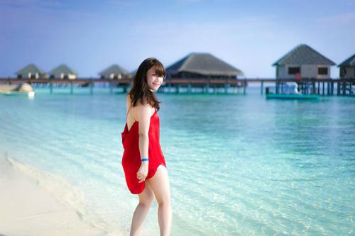video-o-maldives-cua-vo-chong-viet-xon-xao-cong-dong-phuot-the-gioi