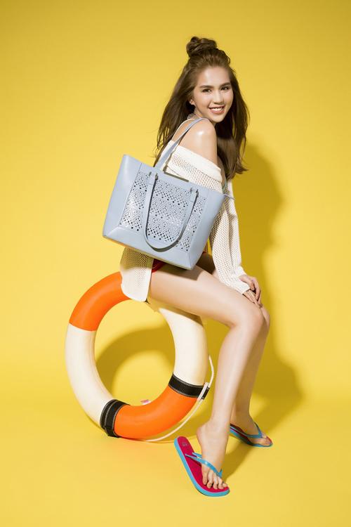 ngoc-trinh-mo-co-ban-trai-san-sang-doi-co-shopping-hang-tieng-dong-ho-1