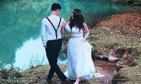 Ảnh cưới lãng mạn của cặp bằng tuổi, cùng quê, yêu ngay lần đầu chạm mặt