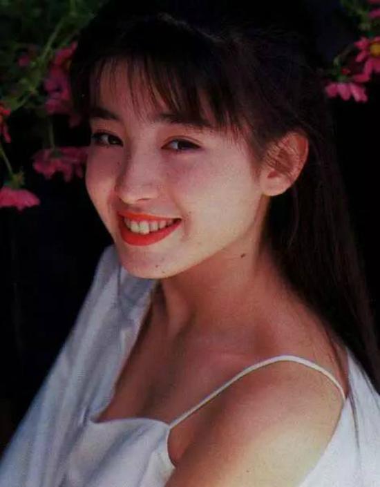 ve-dep-cua-ngoc-nu-nhat-banrie-miyazawa-13