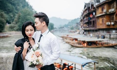 Ảnh cưới ở Phượng Hoàng cổ trấn của cặp đôi Hải Phòng