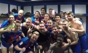 Dàn sao Barca mừng chiến thắng El Clasico trong phòng thay đồ