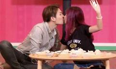 Sau lễ đính hôn, Khởi My và Kelvin Khánh thoải mái hôn nhau