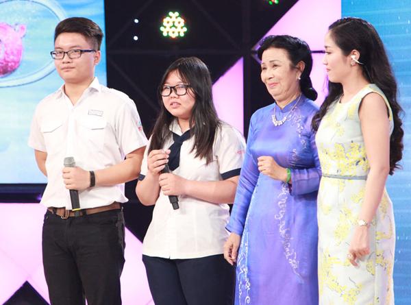 tran-thanh-ha-hoc-mieng-khi-nghe-nam-sinh-17-tuoi-hat-karaoke-2