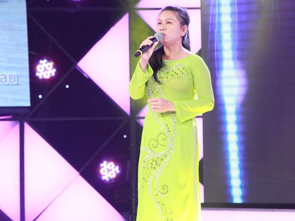 tran-thanh-ha-hoc-mieng-khi-nghe-nam-sinh-17-tuoi-hat-karaoke-3