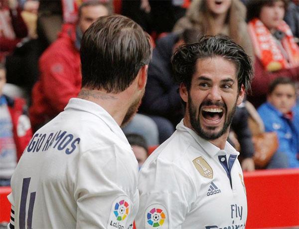Isco nổi bật trong vai trò dẫn dắt lối chơi trong chiến thắng 6-2 của Real trước Osasuna