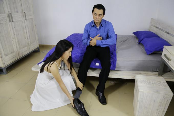 van-phuong-dong-cam-voi-nguoi-thu-ba-khi-vao-vai-gai-quan-bar-giat-chong-1