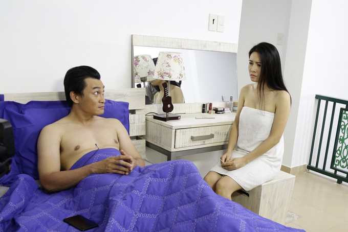 van-phuong-dong-cam-voi-nguoi-thu-ba-khi-vao-vai-gai-quan-bar-giat-chong-7