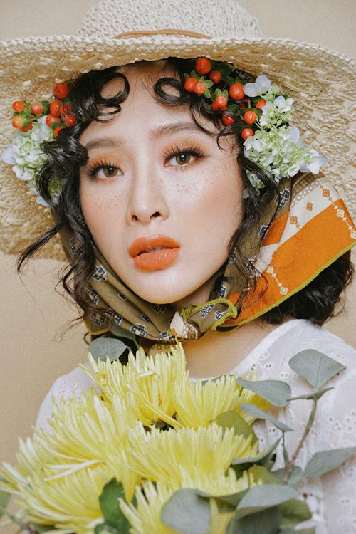 angela-phuong-trinh-gay-an-tuong-voi-mot-trang-diem-tan-nhang-4