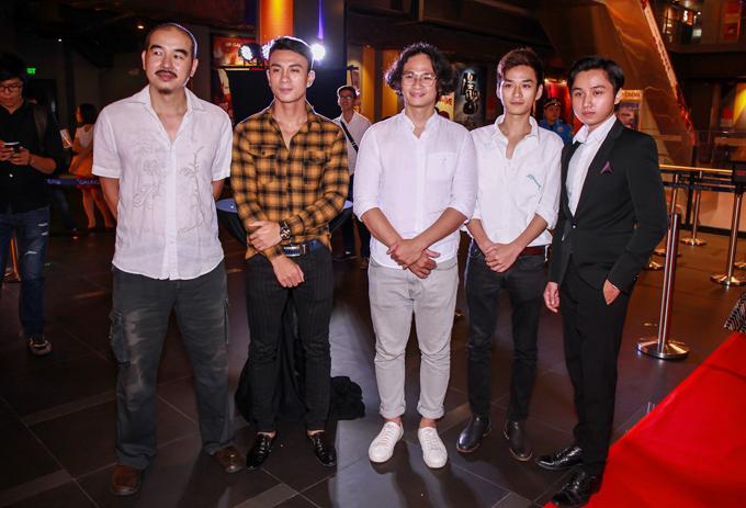 leu-phuong-anh-mac-vay-rong-che-bung-bau-gan-5-thang-11
