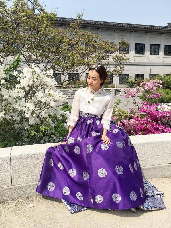 kieu-ngan-dien-hanbok-dao-choi-o-han-quoc-3