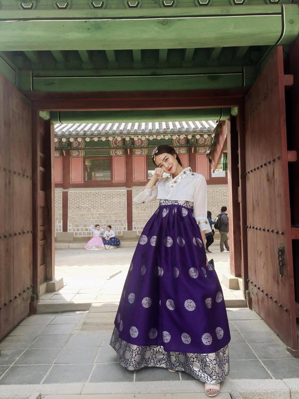 kieu-ngan-dien-hanbok-dao-choi-o-han-quoc-5