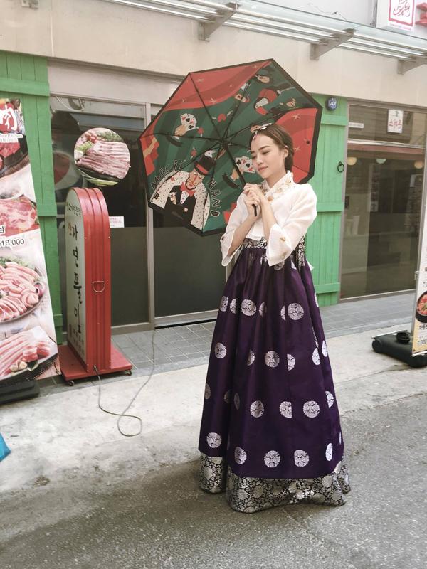 kieu-ngan-dien-hanbok-dao-choi-o-han-quoc-4