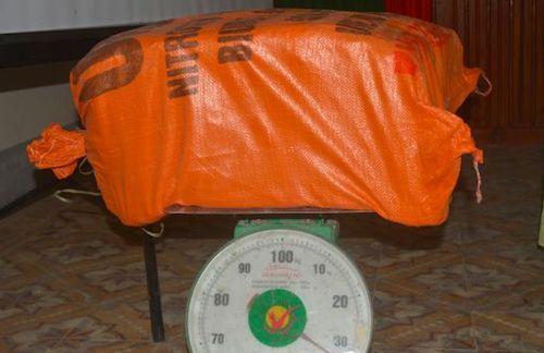 cho-thue-34-kg-thuoc-no-lay-tien-cong-nua-trieu-dong